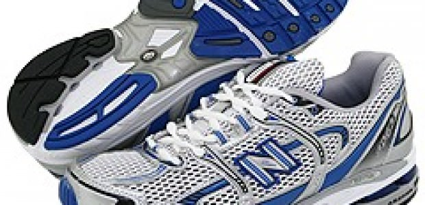 Women's New Balance W3090v2 Minimus Pink/Silver Running Shoes Video - image 1 from the