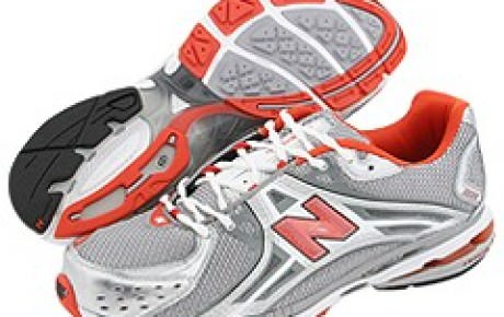 New Balance 1224 is NB\u0026#39;s top of the line stability running shoe. It is the premium sister of the New Balance ... 769, which we reviewed ...