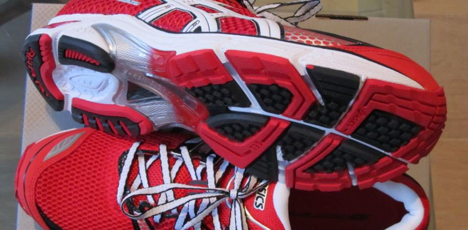 Asics DS Trainer 16 - Pair from Top