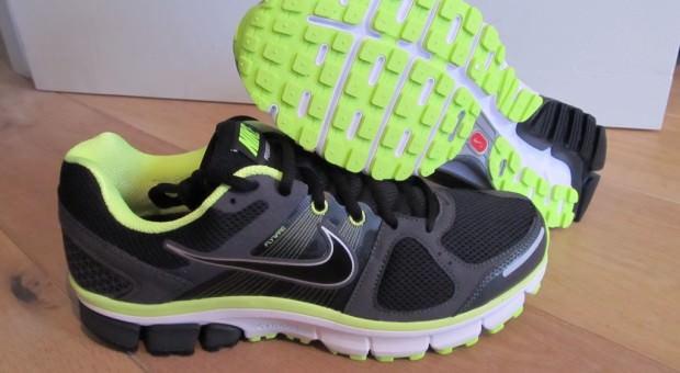 Nike Pegasus 28 Pair