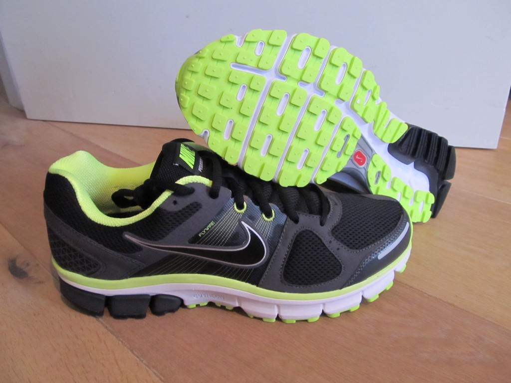 72eee5f5ce2a Nike Air Pegasus 30 Shield GS Leopard Zoom 2013 Girls Youth Womens