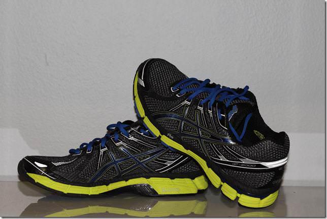 review asics gt-2000 2 women's running shoes