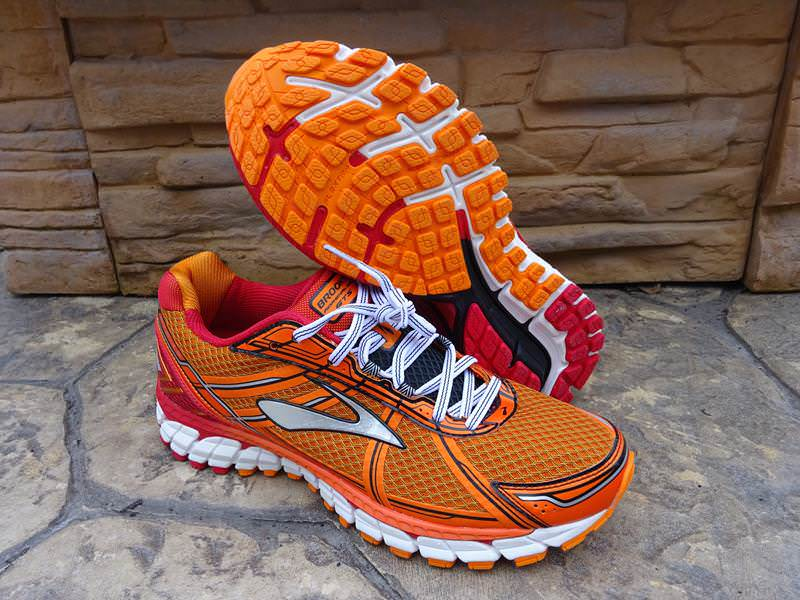 Best running shoes for flat feet brooks women This product for Women got 4.6 stars out of 5 from its 31 reviews. For Men click here