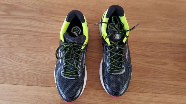 Brooks Adrenaline GTS 16 - Top