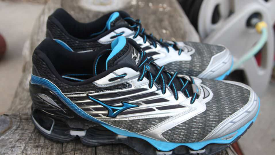 Mizuno Wave Prophecy 5 Review | Running Shoes Guru