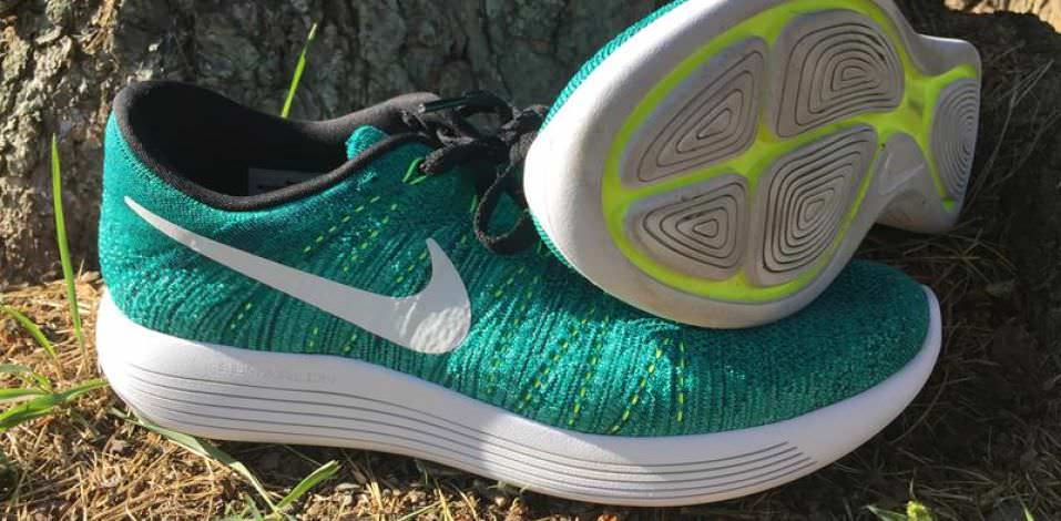 Nike LunarEpic Low Flyknit - Pair