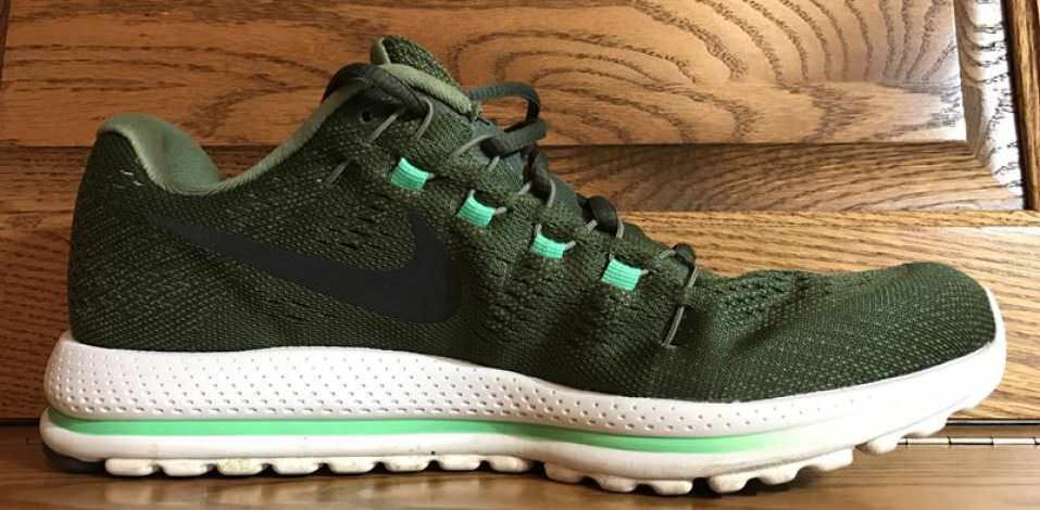 Nike Zoom Vomero 12 - Medial Side