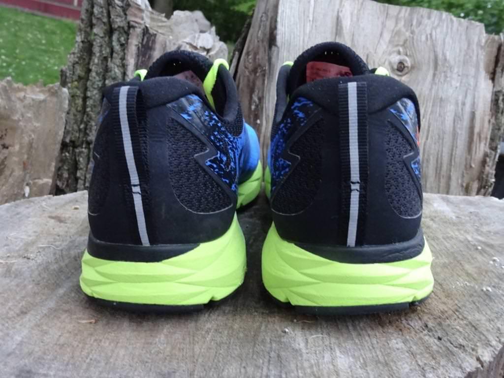 Una herramienta central que juega un papel importante. Lionel Green Street grandioso  New Balance 1500 v3 Review | Running Shoes Guru
