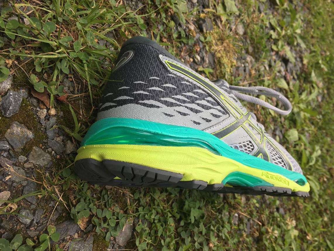 Paso Modernizar adjetivo  Asics Gel Cumulus 19 Review | Running Shoes Guru