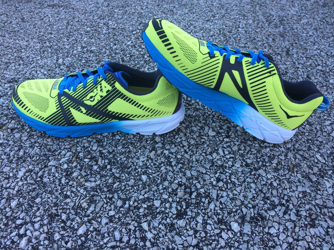 tracer sports shoes