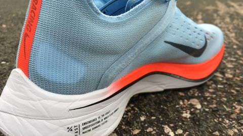 detailed look 26473 3172b Nike Zoom Vaporfly 4% - Medial Side