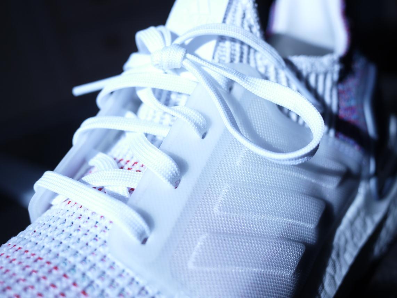 Adidas Ultra Boost 19 - Closeup