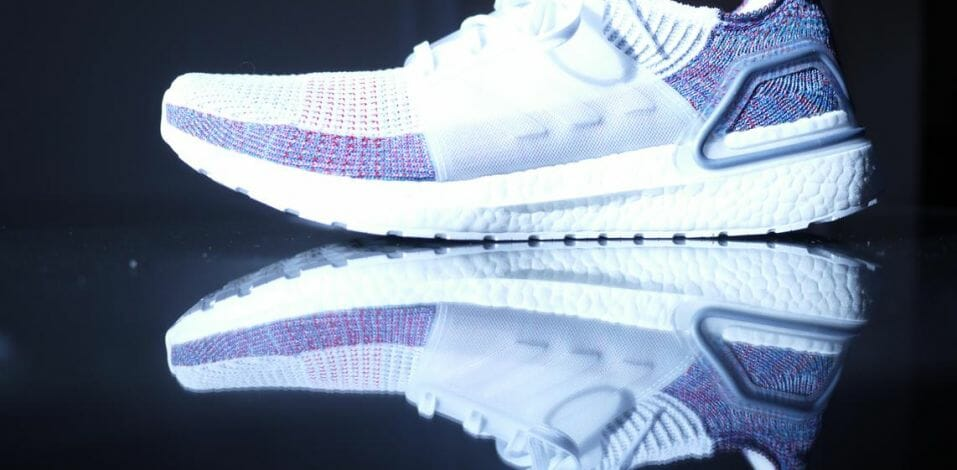 Adidas Ultra Boost 19 - Lateral Side