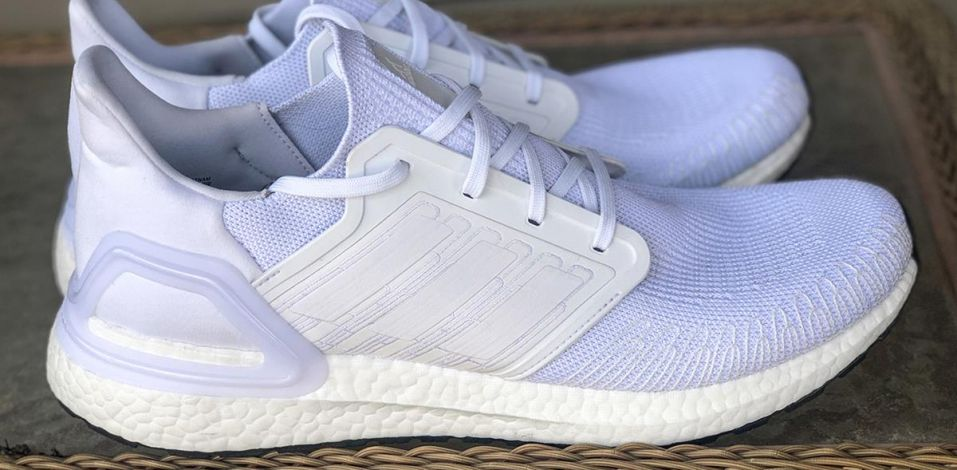 Adidas UltraBoost 2020 - Lateral Side