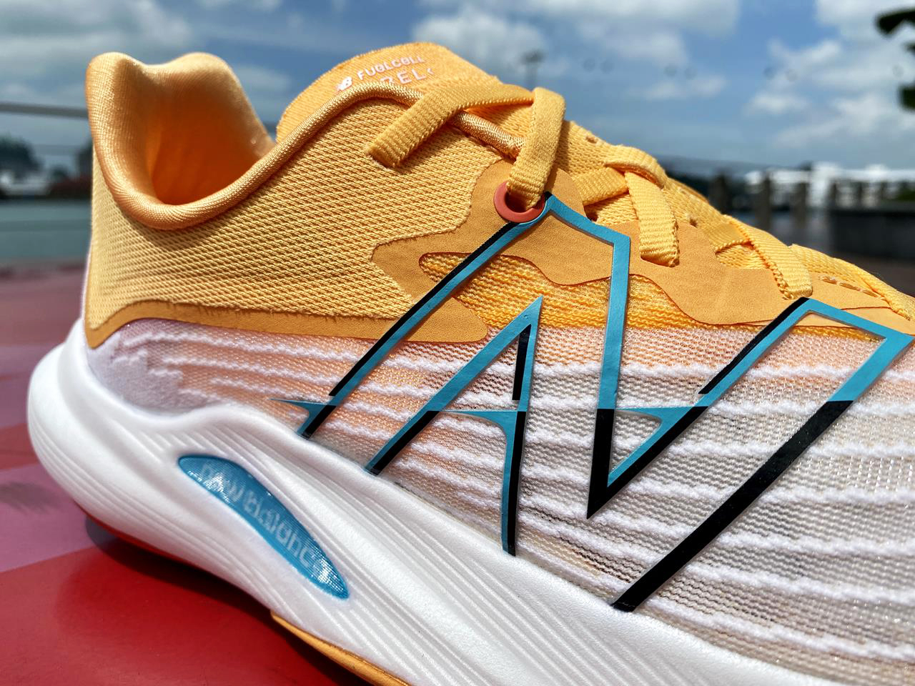 New Balance FuelCell Rebel v2 - Lateral Closeup